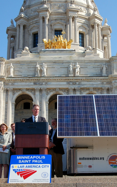 Mayor Coleman touts the benfits of new solar energy legislation to the states workforce and businesses.
