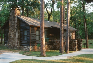 Charmant ... Caddo Lake Cabins, ...